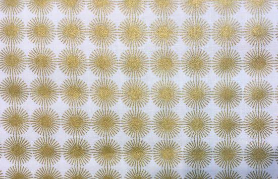 Patchworkstoff, 18438, Rico, Rosette, goldene Sterne/Blüten auf weißem Hintergrund, Rico Design, 18047