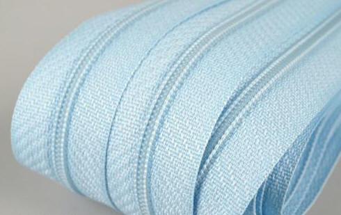 Reißverschluss blassblau, 3mm, 12cm lang