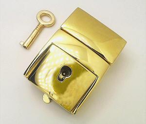 steckschloss f r taschen 30mm breit 45mm hoch gold mit schl ssel kaufen im shop bei. Black Bedroom Furniture Sets. Home Design Ideas